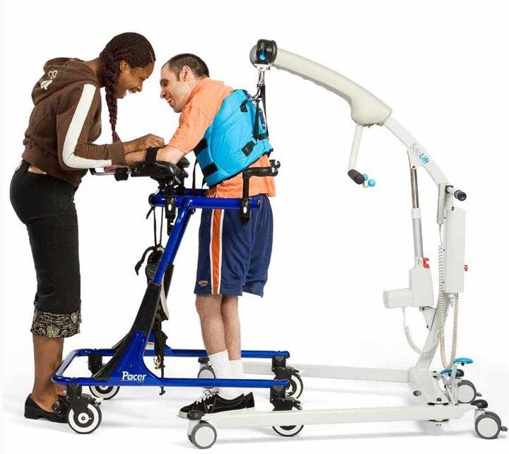 Подъемник для инвалидов и больных SOLOLIFT (2 фото).