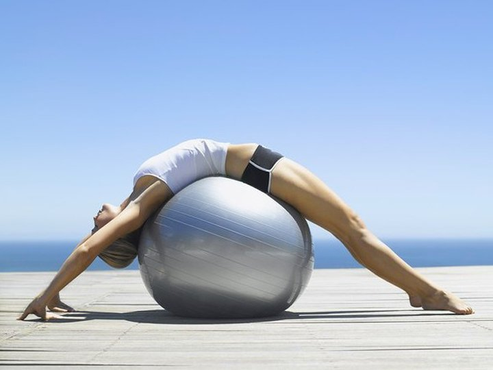 Упражнения лечебной гимнастики при остеохондрозе поясничного отдела позвоно ...