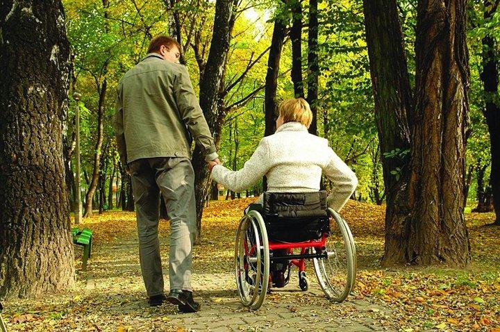 Программа помощи инвалидам «Доступная среда 2011-2015г» (4 фото + видео)