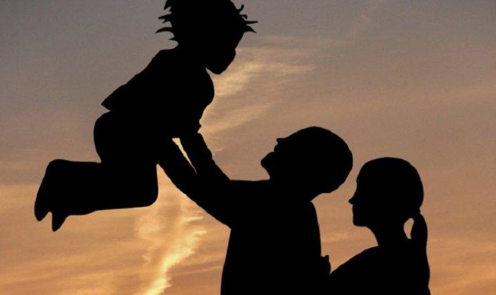 Получение льгот, денежные выплаты неработающим родителям (3 фото)