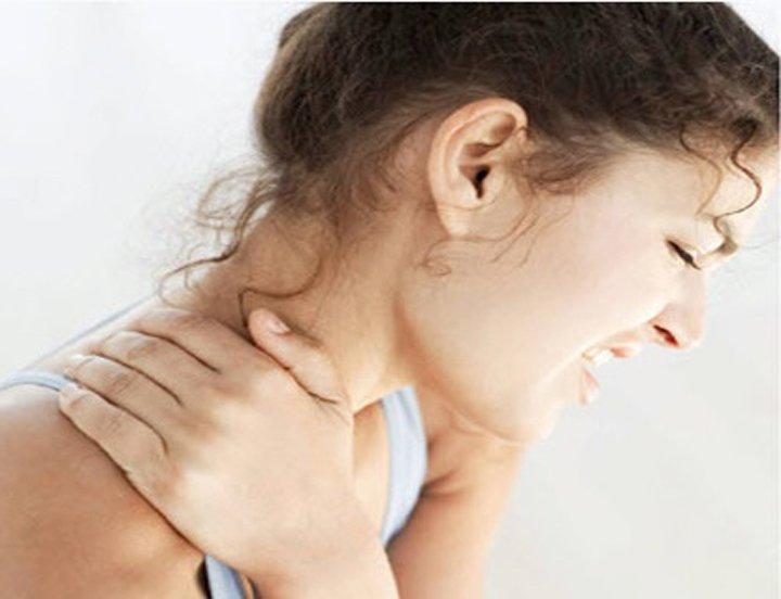 Шейный радикулит симптомы и лечение (2 фото+видео)
