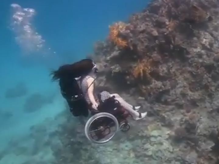 Дайвинг для инвалидов «Плавающая инвалидная коляска