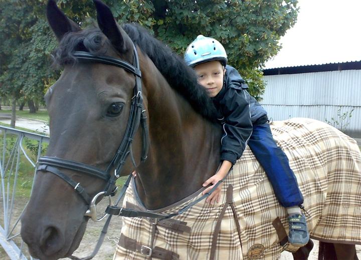 Лечение лошадьми «Иппотерапия» (3 фото+видео)