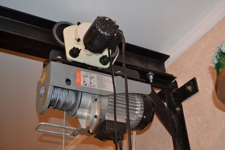 Подъемник вертикальный для инвалидов мотор