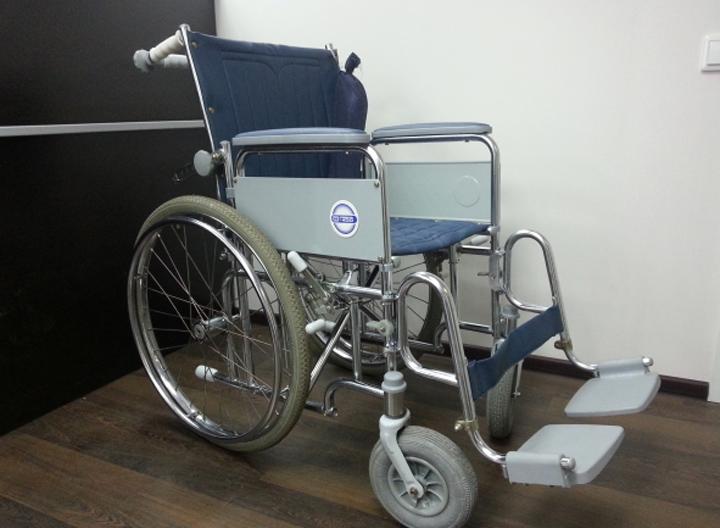 Инвалидная коляска модель 400 (5 фото)