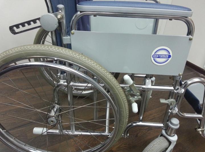 инвалидная коляска модель 400 с ручным приводом